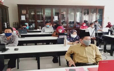 Tingkatkan Kompetensi Pendidik dan Tenaga Kependidikan: SMAN 2 Malang Gandeng Zenius dalam In House Training