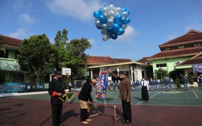 Peringatan HUT SMA Negeri 2 Malang Ke-71